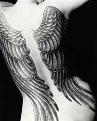 tatuajes_de_alas_de_angel_01w