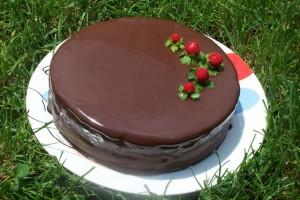 pastís xocolata pels 15 anys de la xarxa feminista