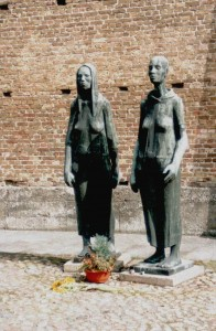 26/11:: Homenatge a les deportades de Ravnsbrück, a la Bonnemaison