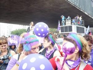 25/09:: Arriba a Barcelona la Caravana Feminista de la Marxa Mundial de Dones
